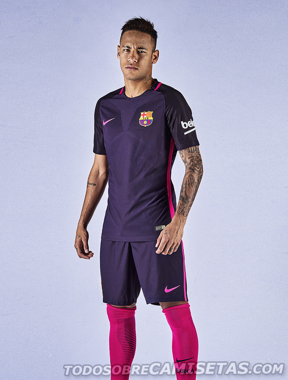 Barcelona-2016-17-NIKE-new-away-kit-8.jpg