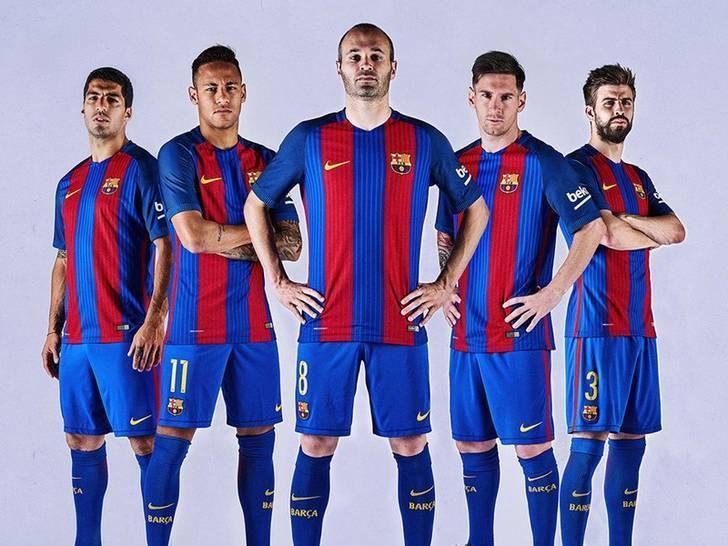 Barcelona-2016-17-NIKE-new-home-kit-16.jpg