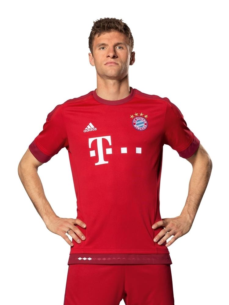 Bayern-Munich-15-16-adidas-new-home-kit-3.jpg