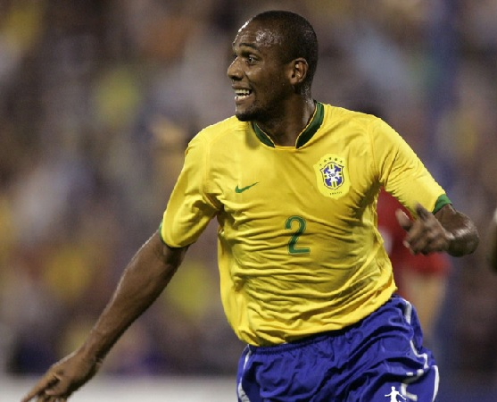 Brazil-2014-Maicon.jpg