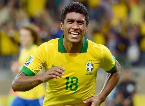 Brazil-2014-Paulinho.jpg