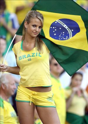 Brazil-supporter-4.jpg
