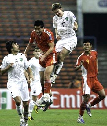 C070718中国赤赤赤0-3ウズベキスタン白白白.jpg