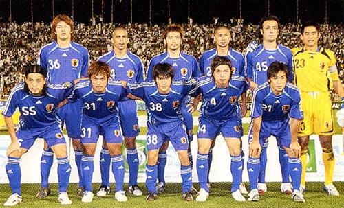 日本06-07adidas青青青-集合4.JPG
