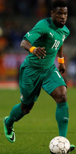 Côte-d'Ivoire-2014-PUMA-away-model.jpg