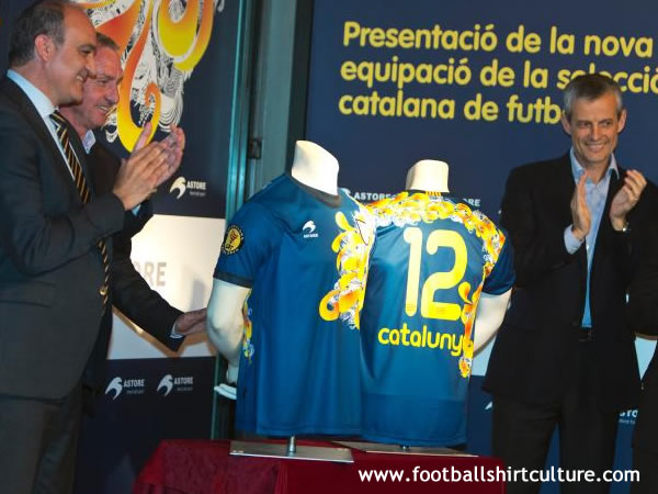 Catalonia-12-13-Astore-new-home-kit-3.jpg