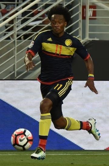 Colombia-2015-adidas-away-kit-navy-navy-yellow.jpg
