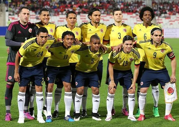 Colombia-2015-adidas-home-kit-yellow-navy-white-line-up.jpg