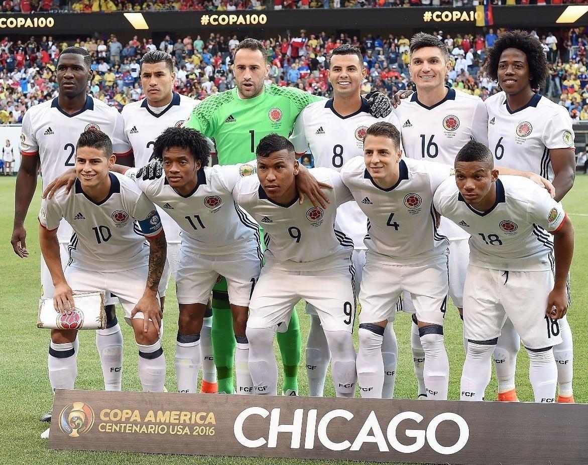 Colombia-2016-adidas-away-kit-white-white-white-line-up.jpg