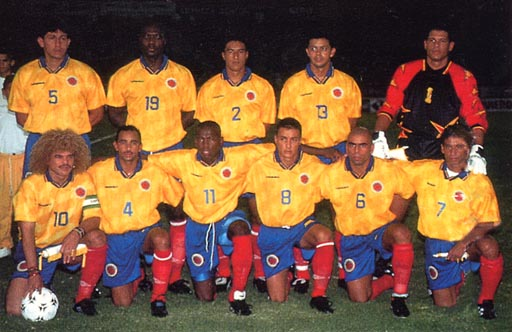 Colombia-97-UMBRO-home-kit-yellow-blue-red-pose-2.JPG