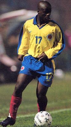 Colombia-99-Reebok-uniform-yellow-blue-red.JPG