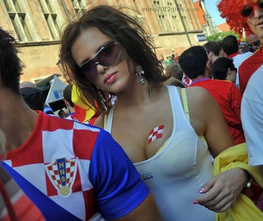 Croatia-fans-2012-9.jpg