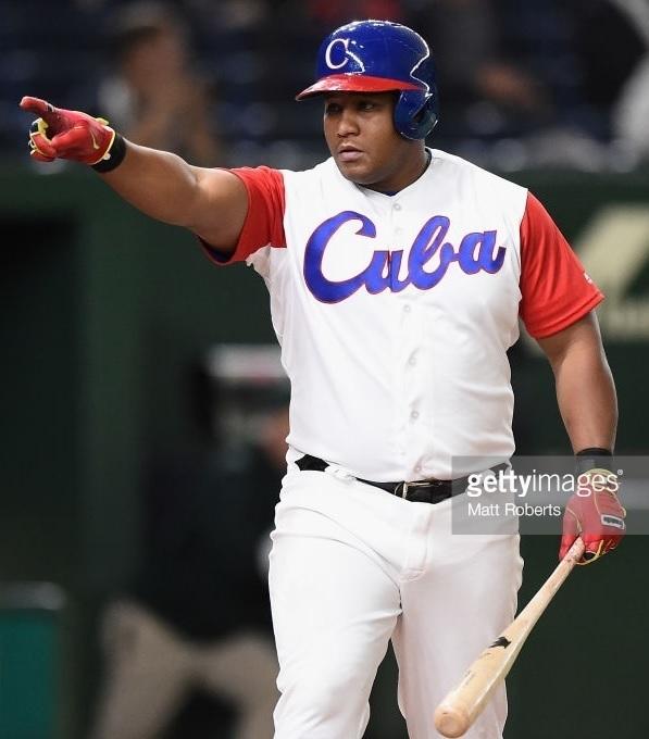 Cuba-2017-world-bassball-classic-home-kit-Alfredo-Despaigne.jpg