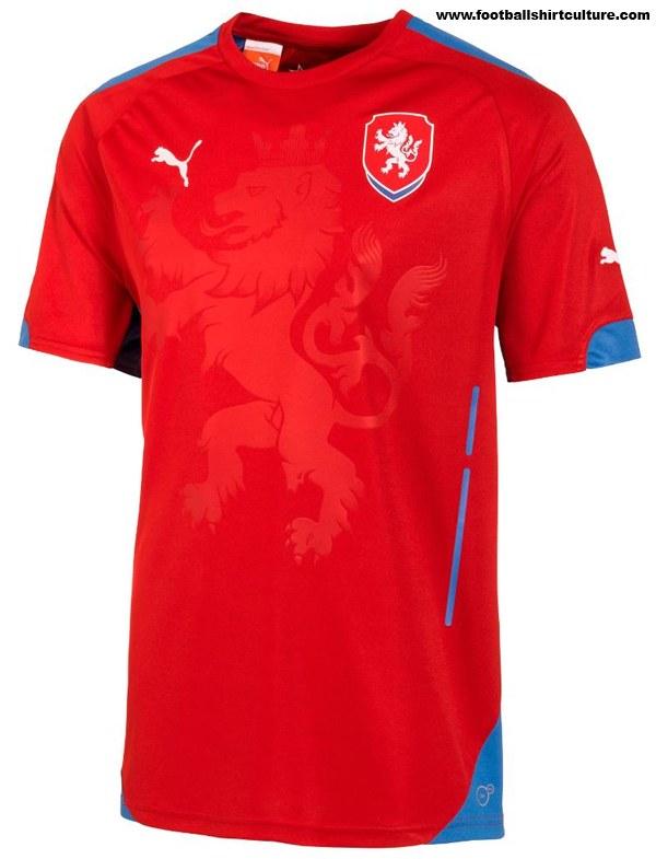 Czech-2014-PUMA-new-home-kit-1.jpg