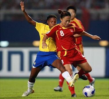 D4070915ブラジル黄青白4-0中国赤赤赤.jpg