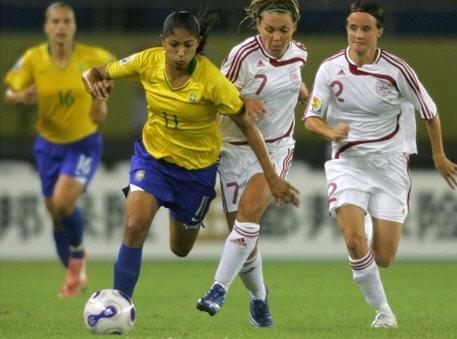 D6070920ブラジル黄青青1-0デンマーク白白白.jpg