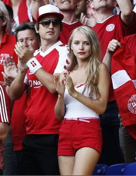 Denmark-fans-2012-1.jpg