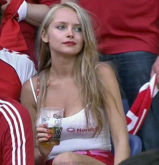 Denmark-fans-2012-3.jpg
