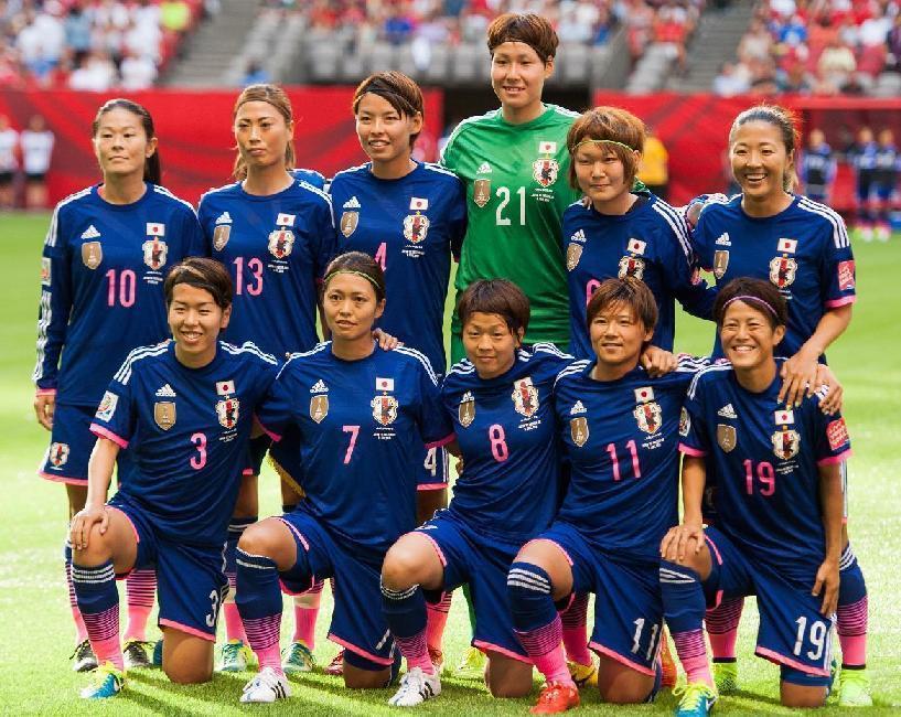 なでしこ-2015-adidas-カナダ-ワールドカップ-ホーム-集合.jpg