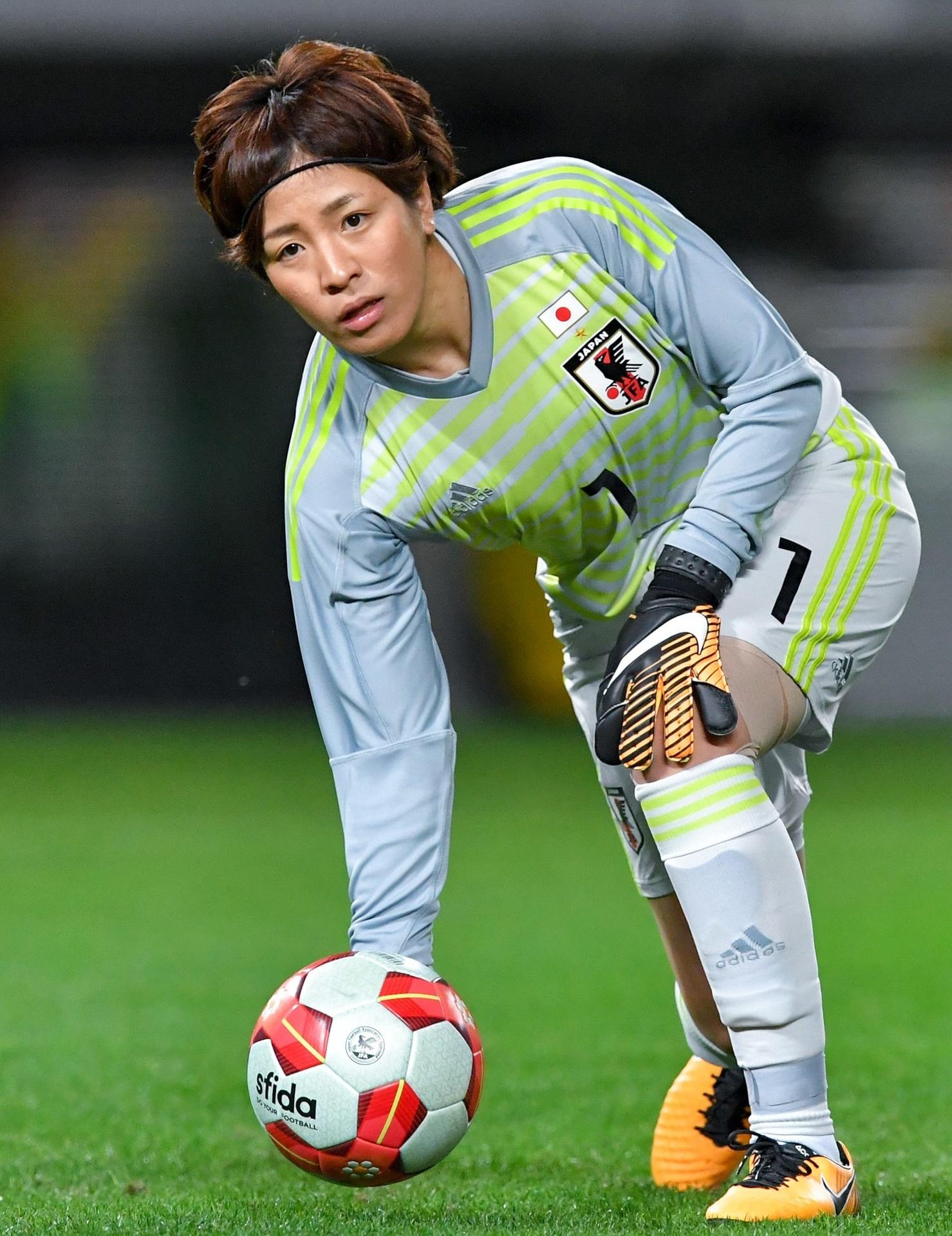 なでしこ-2017-adidas-E1カップ-GK-池田咲紀子.jpg