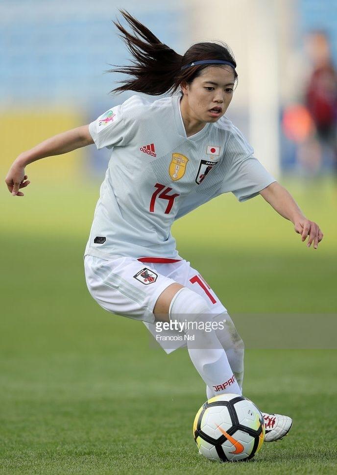 なでしこ-2018-adidas-アジアカップ-アウェイ-長谷川唯.jpg