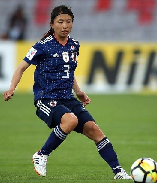 なでしこ-2018-adidas-アジアカップ-ホーム-鮫島彩.jpg