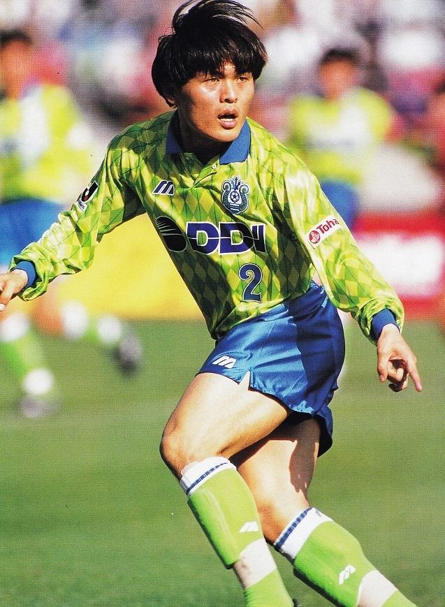 ベルマーレ平塚-1994-Mizuno-ファースト-名良橋-J-SOCCER-GRAND-PRIX-Yoshihiro-Koike.jpg
