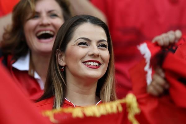 ユーロ美女サポーター-アルバニア-8.jpg