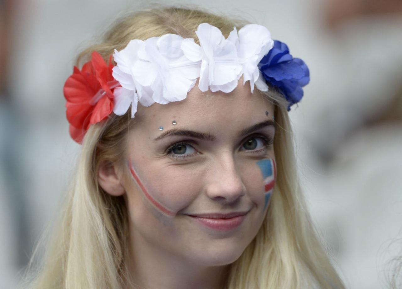 ユーロ美女サポーター-フランス-8.jpg