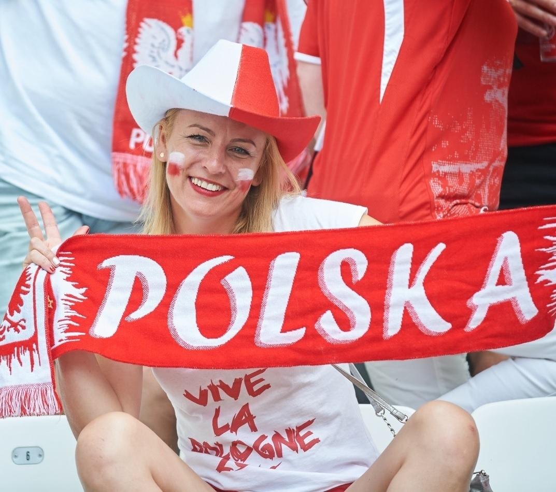 ユーロ美女サポーター-ポーランド-2.jpg