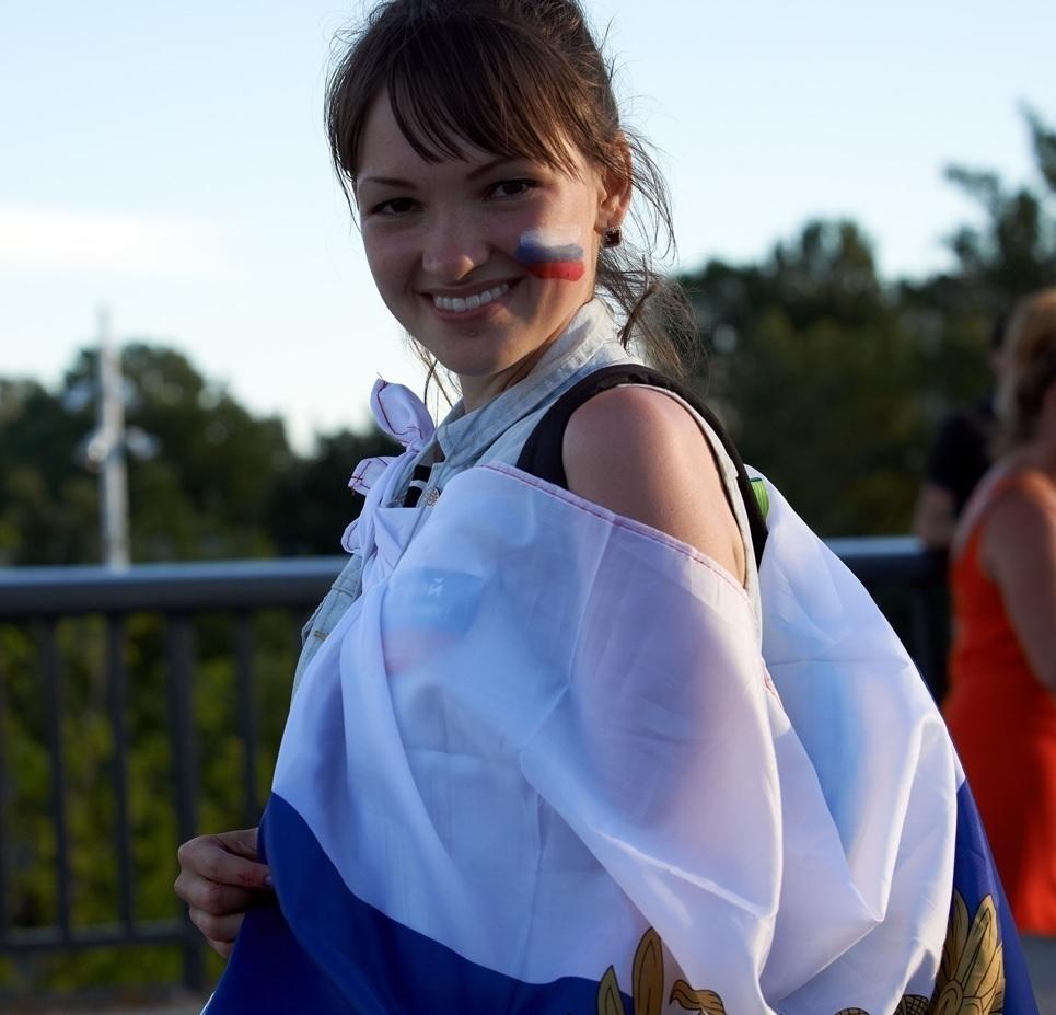 ユーロ美女サポーター-ロシア-3.jpg