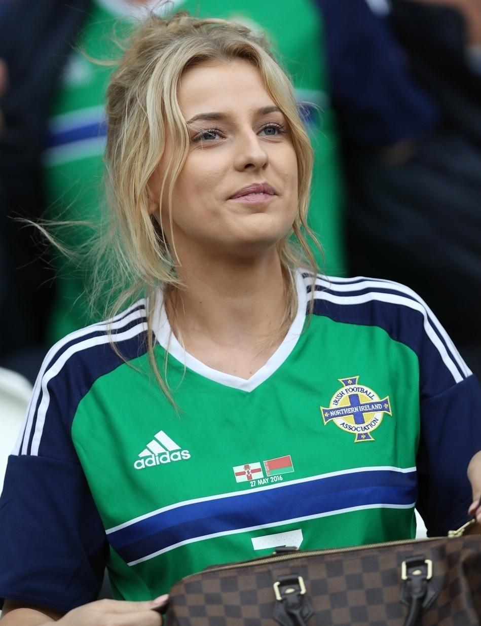 ユーロ美女サポーター-北アイルランド-3.jpg