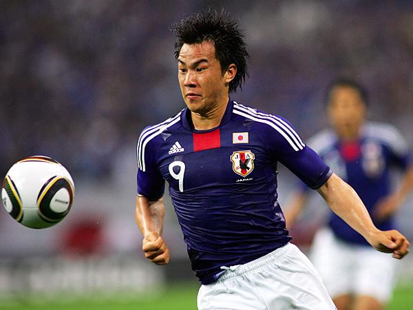 日本代表-2014-岡崎慎司.jpg