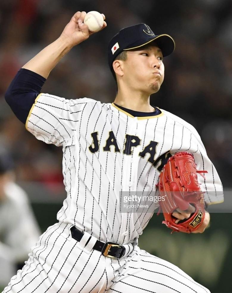 日本代表-2017-ワールド-ベースボール-クラシック-ホーム-千賀滉大.jpg