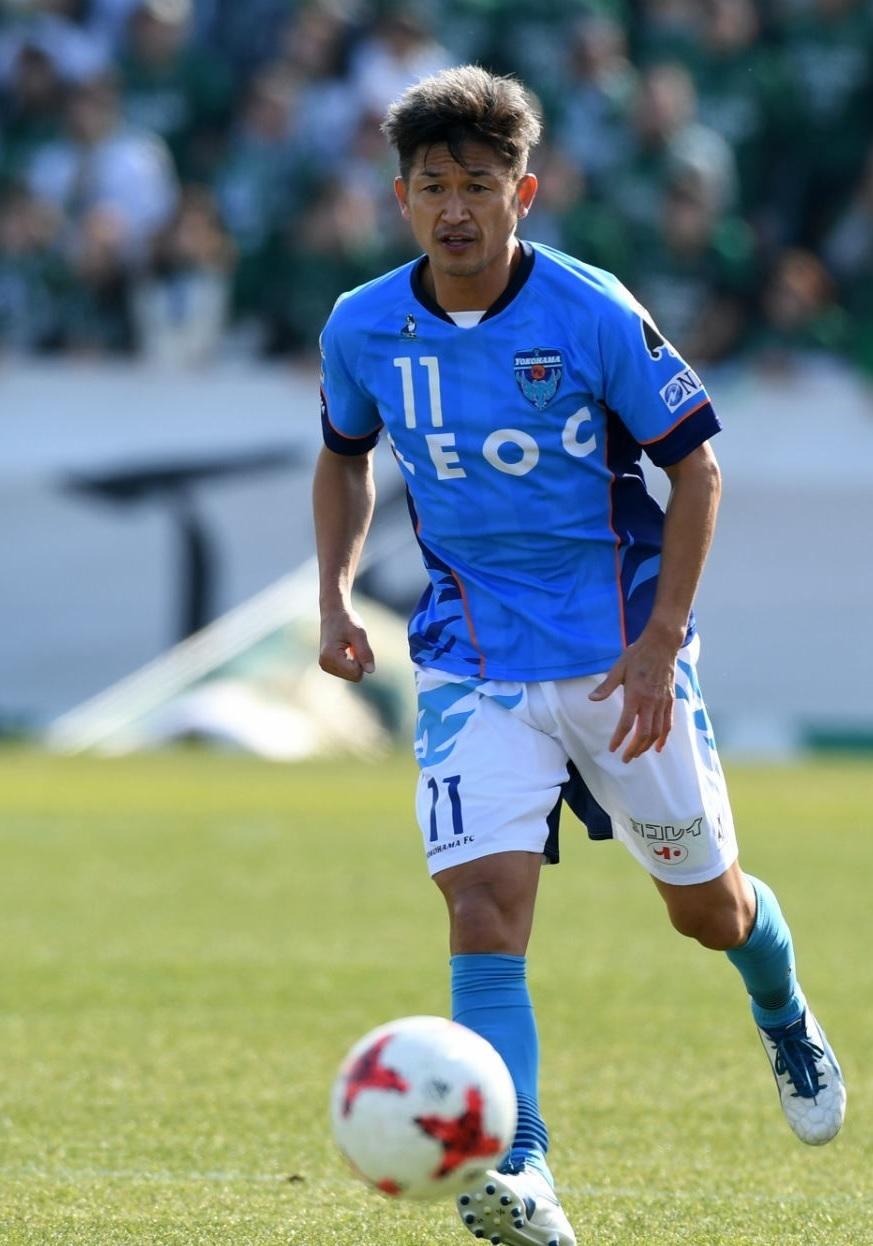 横浜FC-2017-Soccer-Junky-ホーム-カズ.jpg
