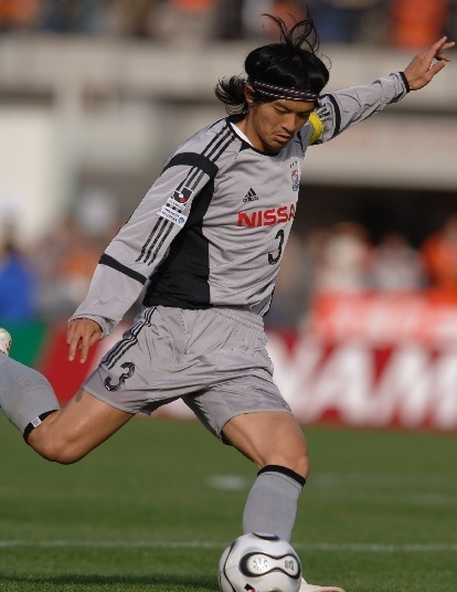横浜Fマリノス-2006-adidas-セカンド-松田直樹.jpg