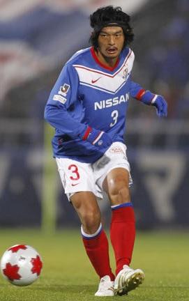 横浜F・マリノス-2010-2011-NIKE-first-kit-blue-white-red.jpg