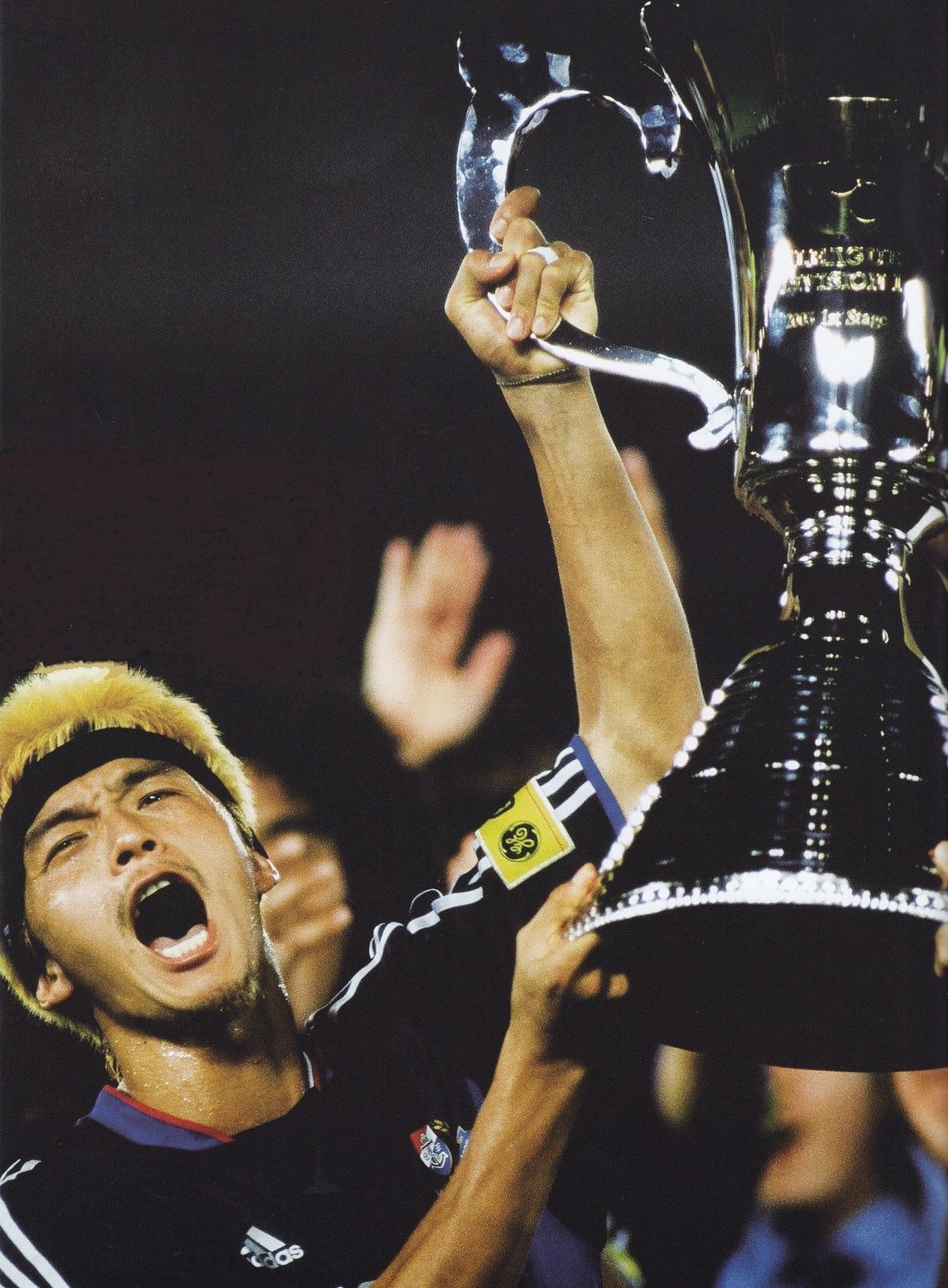 横浜F・マリノス-2003-adidas-ホーム-松田直樹-優勝.jpg