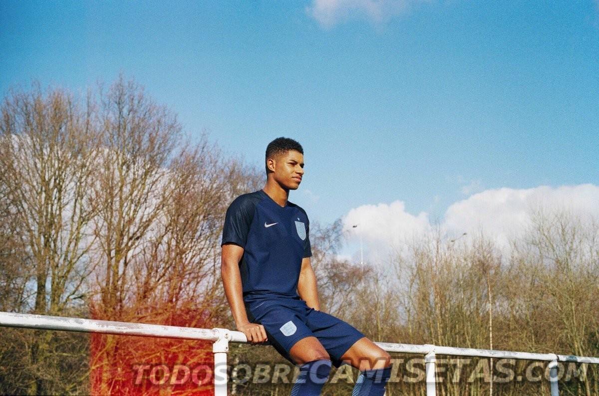 England-2017-NIKE-new-away-kit-8.jpg