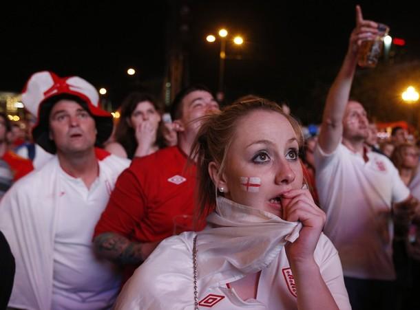 England-fans-2012-5.jpg