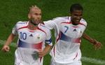 FRA(Zinedine Zidane Florent Malouda)POR-FRA(060705).jpg