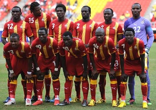 Ghana-10-11-PUMA-away-kit-red-red-red-pose.JPG