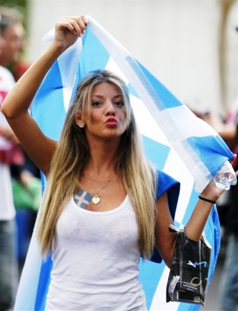 Greece-fans-2012-1.jpg