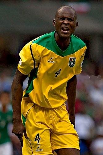 Guyana-11-12-SAETA-home-lit-yellow-yellow-yellow.jpg