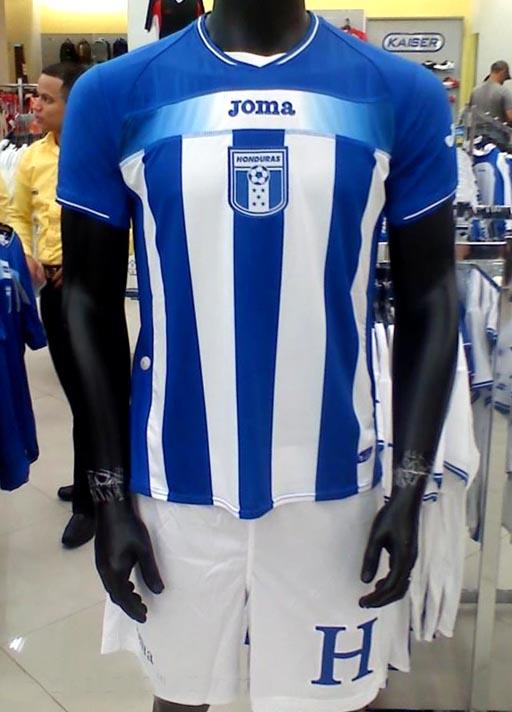 Honduras-10-11-Joma-away-kit.JPG