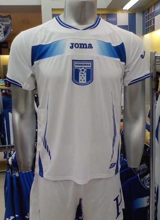 Honduras-10-11-Joma-home-kit.JPG