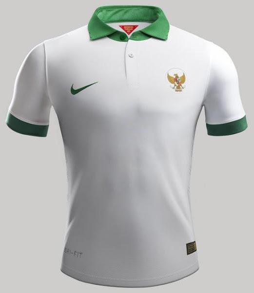Indonesia-14-15-NIKE-new-away-kit-1.jpg