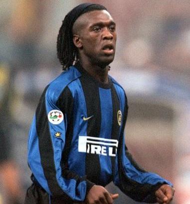 Inter-Milano-2000-2001-NIKE-first-kit-Clarence-Seedorf.jpg