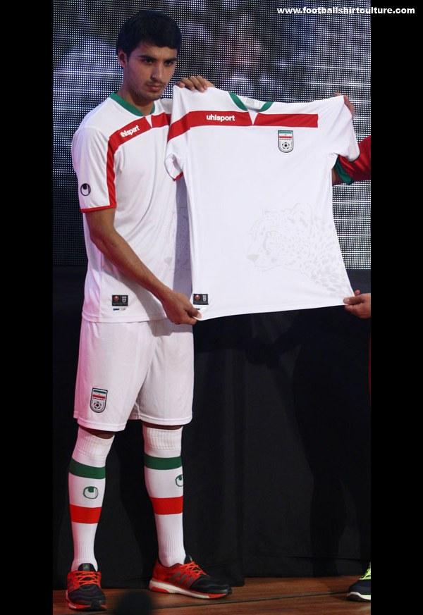 Iran-2014-uhlsport-world-cup-home-kit-1.jpg