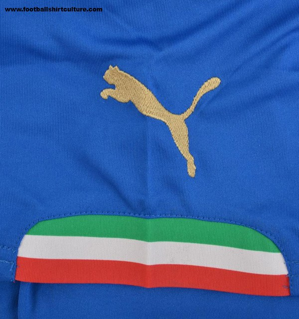 Italy-2014-PUMA-world-cup-home-kit-9.jpg